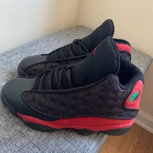 Air Jordan 13 Black /red with no box